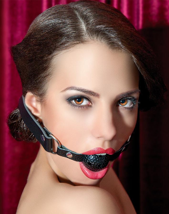вибраторами силиконовым фотографии женщин с кляпом во рту горячий пепел четырех
